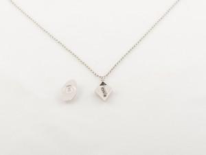 Rhodium magnetic pendant & necklace